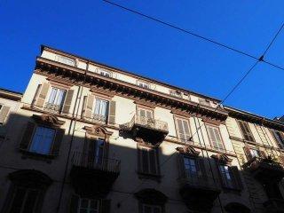 Foto 1 di Trilocale via cibrario 48, Torino (zona Cit Turin, San Donato, Campidoglio)