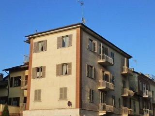 Foto 1 di Bilocale piazza Duomo, Chieri