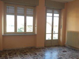 Foto 1 di Bilocale via Vincenzo Gioberti 38, Nole