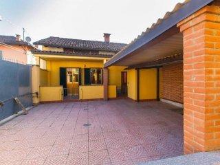 Foto 1 di Villa via Alloatti 15, Villastellone