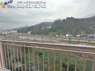 Foto 1 di Trilocale via Giuseppe Gallesi, Genova (zona Pontedecimo)