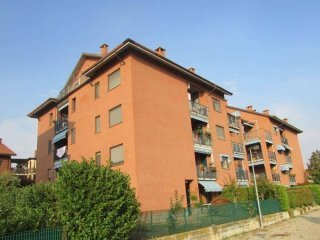 Foto 1 di Quadrilocale via ALCIDE DE GASPERI, 3, Trofarello