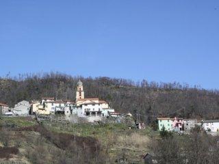 Foto 1 di Bilocale Carrodano centro