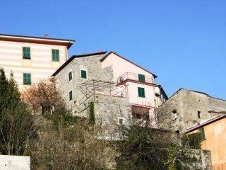 Foto 1 di Casa indipendente frazione Cassana, Borghetto Di Vara