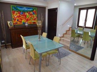 Foto 1 di Appartamento Località Rilate, Asti