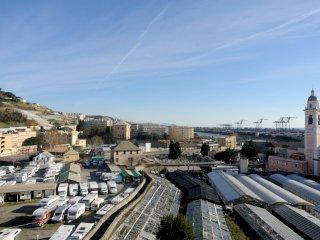Foto 1 di Trilocale Via Murtola, Genova (zona Palmaro)