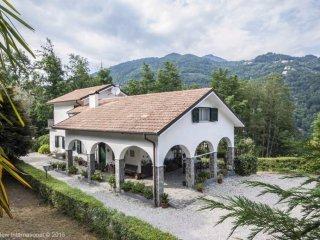 Foto 1 di Villa Località Levaggi Casetti 5, frazione Levaggi, Borzonasca