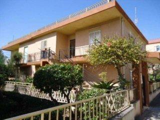 Foto 1 di Appartamento via Orata, frazione Donnalucata, Scicli