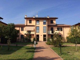 Foto 1 di Trilocale viale Cremona 326, Pavia