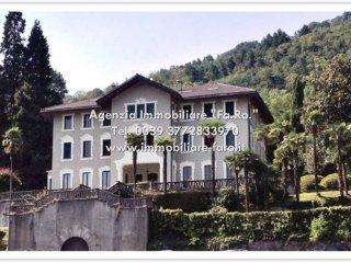 Foto 1 di Villa corso Belvedere 101-103, Ghiffa