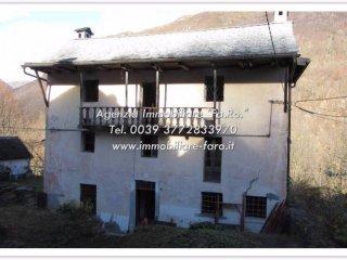 Foto 1 di Villa strada Statale 631 10, Cannobio