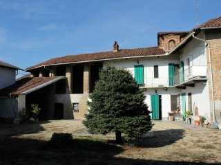 Foto 1 di Casa indipendente via Pianca Romana 1, Pancalieri