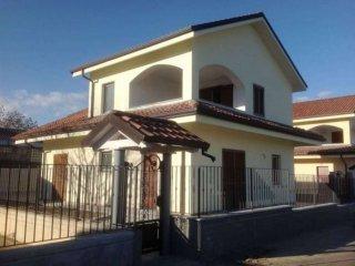 Foto 1 di Villa strada Corio, San Carlo Canavese