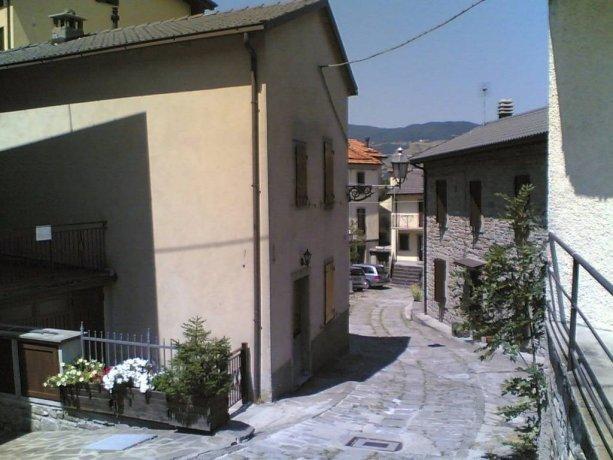 Foto 11 di Casa indipendente MONTECRETO CENTRO, Montecreto