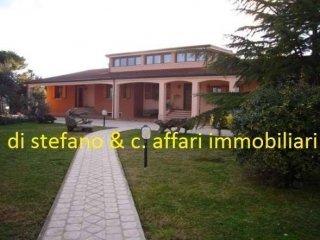 Foto 1 di Villa quattro novembre, 35, Rimini