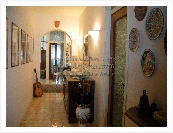 Foto 6 di Quadrilocale via Reginetta Francioli 22, Vignone