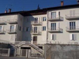 Foto 1 di Appartamento via Castelnuovo Garfagnana 7, Dronero