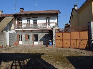 Foto 1 di Villa via Bellino, frazione Salsasio, Carmagnola