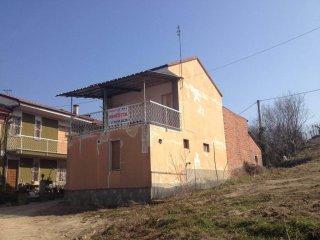Foto 1 di Casa indipendente strada Provinciale 168 36, frazione San Rocco, Montà