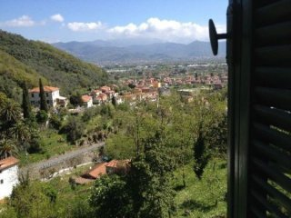 Foto 1 di Villa Ameglia