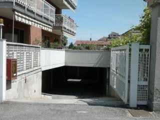 Foto 1 di Box / Garage via Scalenghe, frazione Cascine Vica, Rivoli