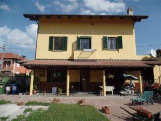 Foto 1 di Casa indipendente via Gennero, 12, Carignano