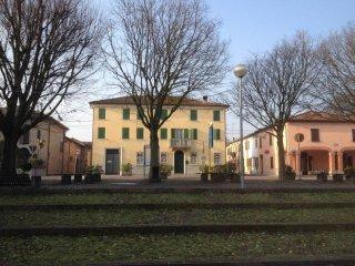 Foto 1 di Palazzo / Stabile frazione Ospital Monacale, Argenta