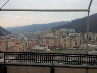 Foto 1 di Attico / Mansarda via Molassana, Genova (zona Valbisagno (Prato-Molassana-Struppa-S.Gottardo-S.Eusebio))