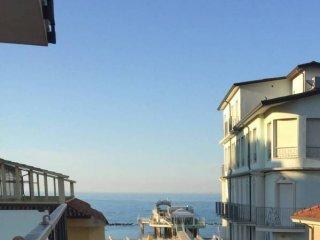 Foto 1 di Appartamento via Fiume, Gabicce Mare