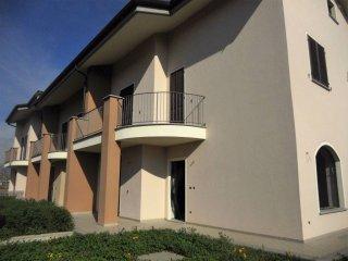Foto 1 di Villetta a schiera frazione Passatore, Cuneo