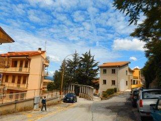 Foto 1 di Trilocale via montecervia 28, Paganico Sabino