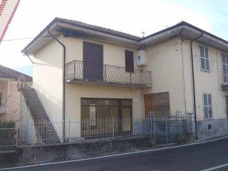 Foto 1 di Palazzo / Stabile via Roma 33, Condove