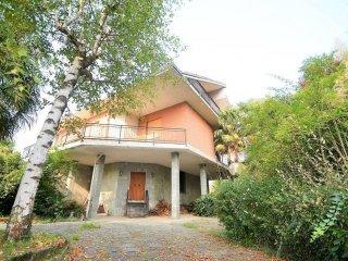 Foto 1 di Villa via Bivio, Frossasco