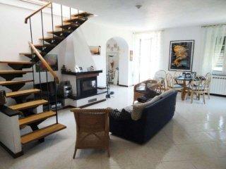 Foto 1 di Appartamento via SAN COLOMBANO 1, frazione San Colombano, San Colombano Certenoli