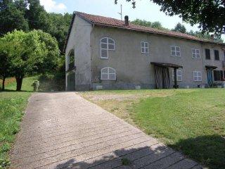 Foto 1 di Casa indipendente via Sottoripa, 67, Asti