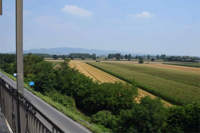 Foto 3 di Trilocale corso SAVONA, 12, Villastellone
