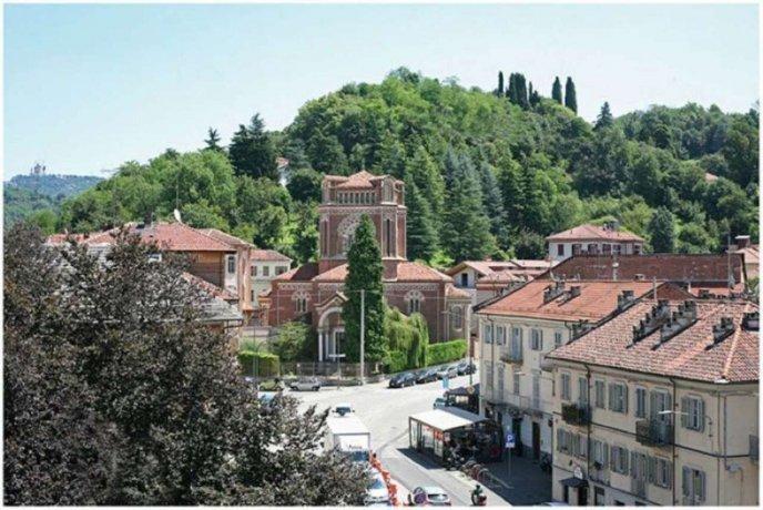 Foto 12 di Bilocale piazza Hermada  2, Torino (zona Precollina, Collina)