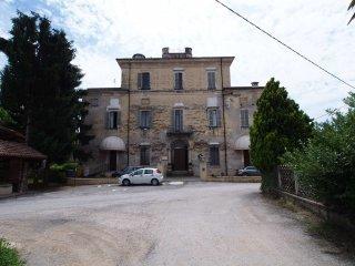 Foto 1 di Casa indipendente via Torre Roa 186, frazione San Benigno, Cuneo