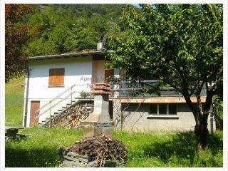 Foto 1 di Villa via degli Orti 7, frazione Finero, Malesco