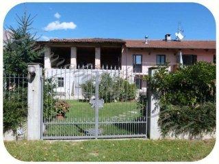 Foto 1 di Rustico / Casale Regione Bel Parlè, Scalenghe
