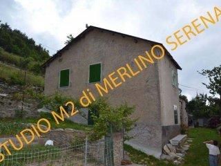 Foto 1 di Casa indipendente Unnamed Road, Garessio