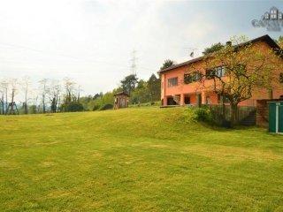 Foto 1 di Villa via Vespiola, Baldissero Canavese