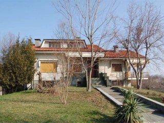 Foto 1 di Villa strada Licione, Cuceglio