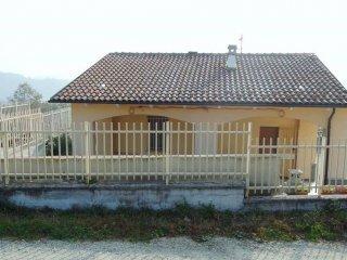 Foto 1 di Casa indipendente Borgata Micca, 50, Lauriano