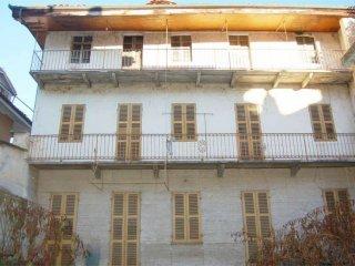 Foto 1 di Palazzo / Stabile vicolo Bianchetti, San Giorgio Canavese