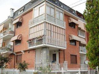 Foto 1 di Appartamento via Lombardore, Leinì