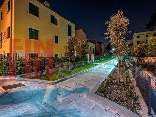 Foto 1 di Palazzo / Stabile via Puggia, Genova (zona Carignano, Castelletto, Albaro, Foce)