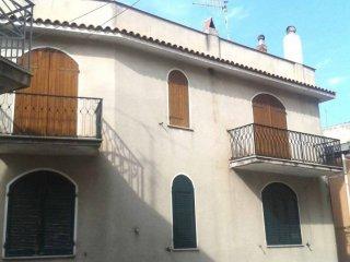 Foto 1 di Trilocale via Vittorio Emanuele 1222, Dorgali
