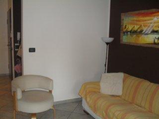 Foto 1 di Trilocale VIA PIETRO CANONICA 11, Torino (zona Mirafiori)