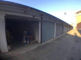 Foto 1 di Box / Garage corso Fiume, Poirino